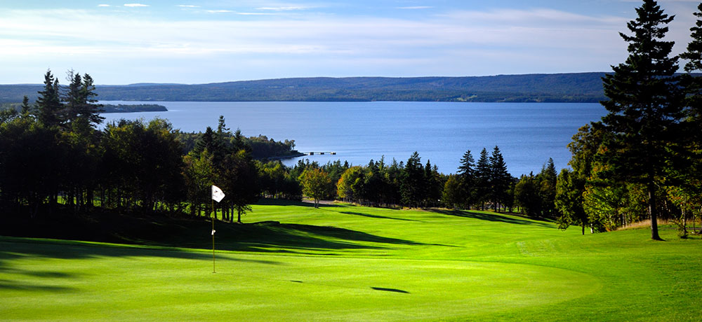 Play and Stay Package at Dundee Resort & Golf